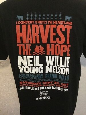 Neil Young & Willie Nelson Harvest The Hope Concert T-Shirt Xl