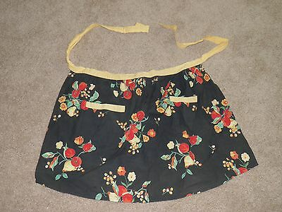 Xochi Apron Navy Blue with Floral Pattern pockets