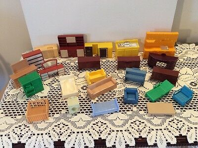 Lot Of Vintage Plastic Doll House Furniture MAR Arco 24 Pieces Many Colors