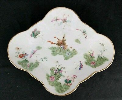 Antique Chinese Qing Dynasty Daoguang Period Butterfly Plate Famille Rose