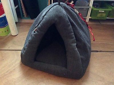 Igloo pour chat ou petit chien comme neuf