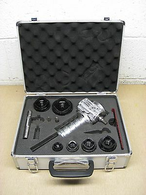 """Southwire Maxis Max Punch Pro 1/2""""-2"""" Conduit Knockout Punch Die Driver Set Used"""