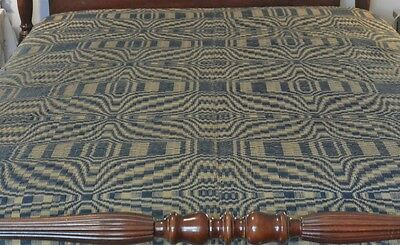 Antique Tan & Blue Overshot Coverlet Spread in a Geometric Pattern 75x84