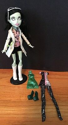 Monster High Scarah Screams I Heart Love Fashion Doll Outfit Shoes Clothes Lot