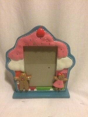 Gingerbread Cupcake Picture Frame