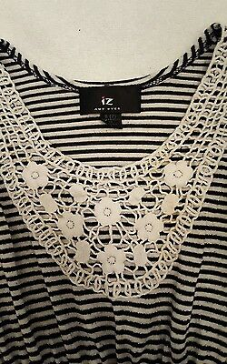Amy Byer Girls Butterfly Wings Blouse Size Small Girls Top Shirt Blouse EUC