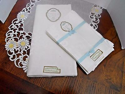 "Irish Linen Double Damask Made In Ireland Table Cloth 70"" X 54"" And 6 Napkins 18"