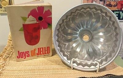 JOYS of JELL-O Recipe Book & Large Aluminum collectible Fluted Mold