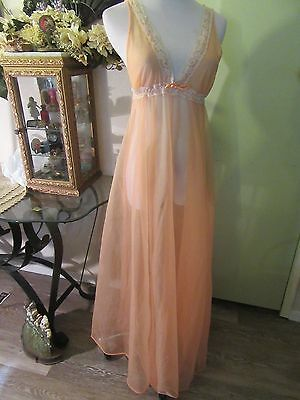 Vintage Chiffon Long Nightgown Peach Sweep about 238 inches About A Small