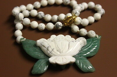 Vintage Chinese Carved Jade White Jasper Bead Reversible Necklace