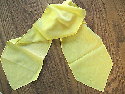 1930s-40 Girl Scout Official SUMMER CAMP TIE Yellow WINDSOR w/Greenies