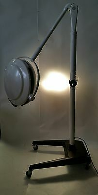 Skytron Infinity Series Mobile Surgery Floor Light  IN19