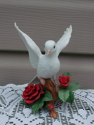 1993 Lenox Fine Porcelain Special Edition Open Winged Christmas Dove