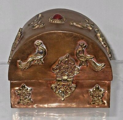 Hand Hammered Highly Decorated India Copper & Brass Dresser Box w/ Jewel