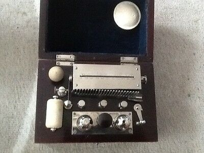 Antique Ever ready medical shock therapy machine in fine condition