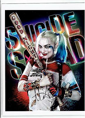 Margot Robbie Harley Quinn Suicide Squad Signed Autographed 8 x 10 Photo COA