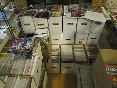 Comic lot of 25 comics Marvel and /DC all bagged and boarded