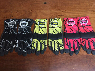 Emerson Racewaer Go Kart Gloves (3 Pairs) Pink(Med),black(Lg),yellow(Sml)