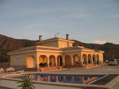 Luxury Villa in Spain with Large Private Pool FULLY FURNISHED Alicante