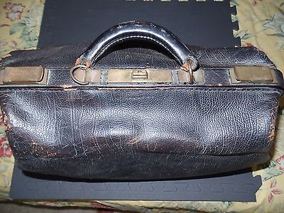VINTAGE COWHIDE DOCTORS DUFFLE BAG BLACK with BROWN LEATHER LINING