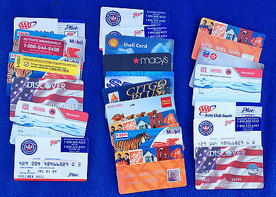 Lot of 23 Expired Credit Cards - Discover - Shell Exxon 76 - Home Depot Sears