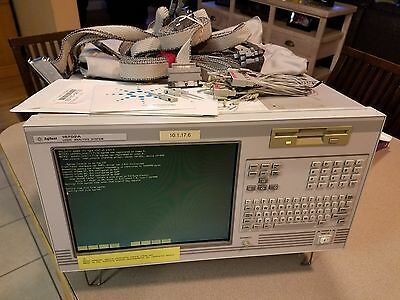 Agilent HP 16702A Logic Analysis Mainframe with option 003 and extras (2) 16711A