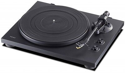 TEAC TN-200 Belt Drive Turntable with USB Output TN-200-B