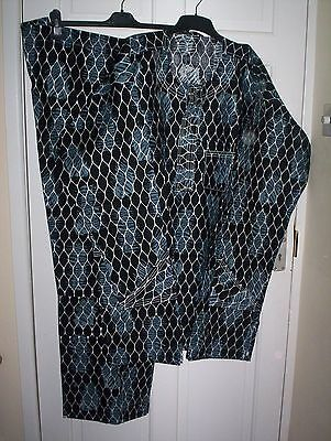 Traditional African Men Pants Suit Outfit/dress