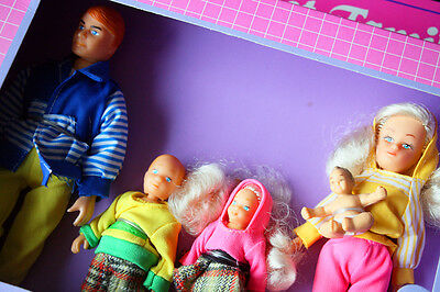 PAMELA LOVE DOLLS: SWEET FAMILY, 1 of 2 SERIES. IMPOSSIBLE TO FIND! BRAND NEW OS