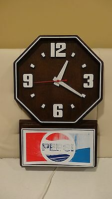 Vintage Pepsi Electric Wall Clock Faux Wood Working With Second Hand Nice shape