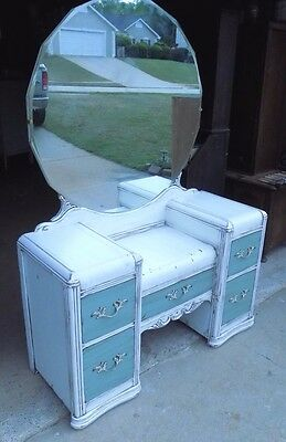 Shabby Chic Waterfall Dresser