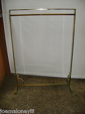 Gold Brass Color Finish Retail Wide Fancy Garment Boutique Rack