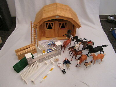 Breyer Large 2 stall Stable with lot of Horses, Dolls, and Riding Accessories