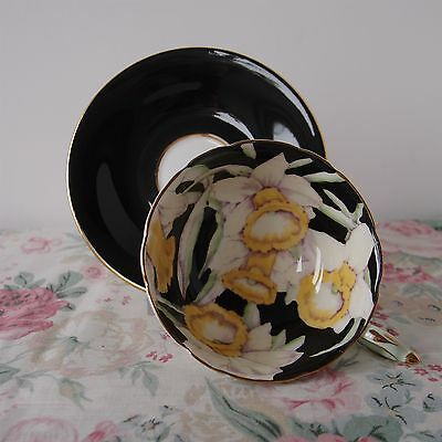 Paragon Vintage Cabinet Cup Daffodils with Mix Match Saucer (Paragon 1940s)