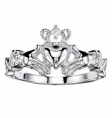 Avon Claddagh Ring with CZ Accent sz 8 *NEW IN BOX*