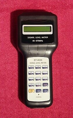 Signal Level Meter - Holland Electronics St-4000:
