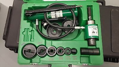 "Greenlee 7306Sb Knockout Punch And Hydraulic Driver Set For 1/2"" - 2"" Conduit"