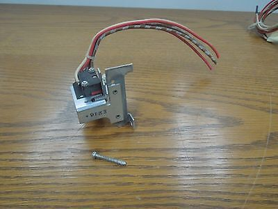 GE Auxiliary Switch (2 Switch Elements) TJJ/TJK Frame Breakers Used