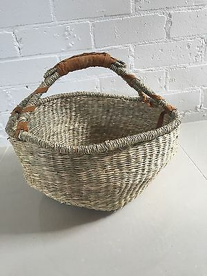 Medium size Round Eco Woven Basket in Natural Seagrass