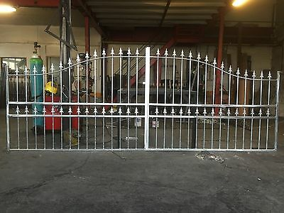 Brand New wrought iron driveway gates (Design G18) Free delivery