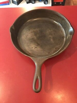 Vintage #10 Wagner Ware Sidney O 1060 E  Cast Iron Skillet Frying Pan