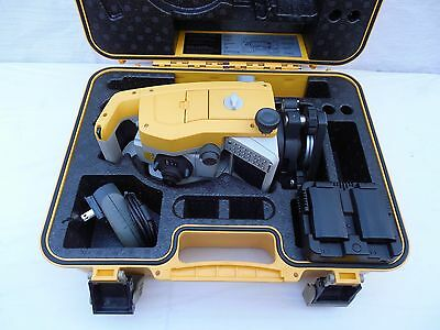 "Trimble M3 DR 2"" Total Station Transit with (2) Batteries & Charger"