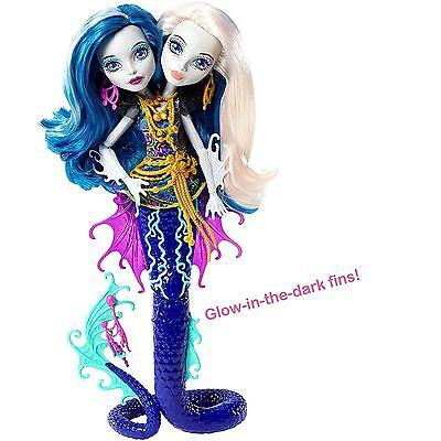 Monster High Glow In The Dark Great Scarrier Reef Peri and Pearl Serpentine Doll