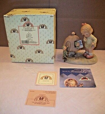 "Attwell Memories Of Yesterday ""Do You Know The Way To Fairyland?"" Figurine w Box"