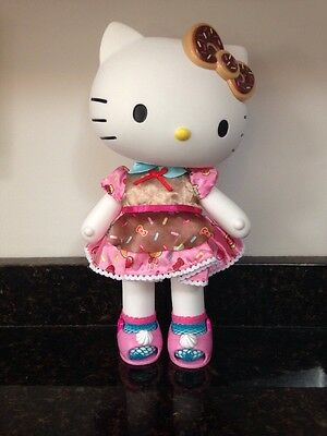 """Hello Kitty Baker 13"""" Toy Doll Dress Me Poseable Vinyl Toy Doll Candy Sprinkle"""