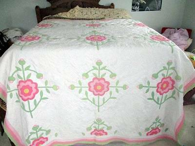 Vintage Antique Hand Stitched & Appliqued Pink Flower Quilt