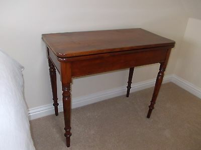 Antique Early 19Th C Mahogany Tea Table
