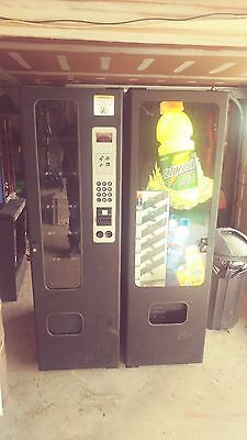 Soda and snack vending machine writtern group model 3505