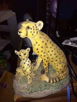 Cheetah And Cub Wildlife Heavy Collectable Figurine Perfect Condition