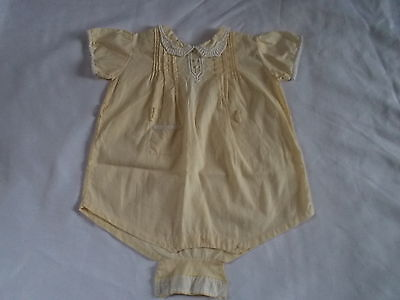 Vintage Baby Girl 6-9 Months Yellow Embroidered One Piece Romper Buttons EUC